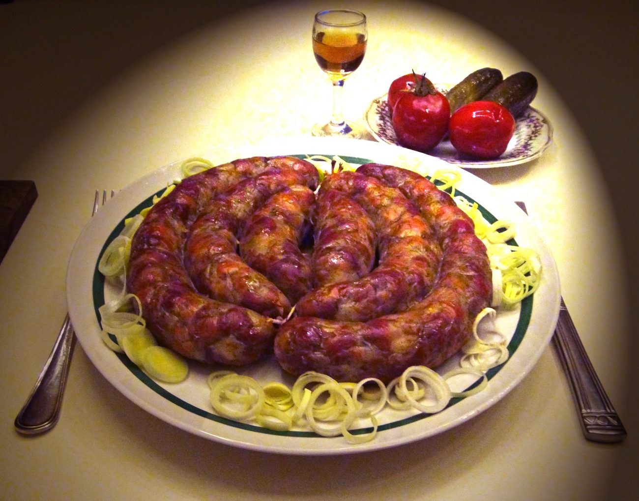 Домашняя украинская колбаса